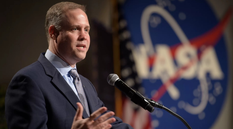 NASA Chief Wants to Send Humans to the Moon — 'To Stay'