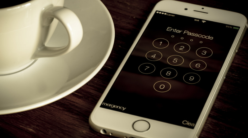 Indiana Appeals Court Says Forcing Someone To Unlock Their Phone Violates The 5th Amendment